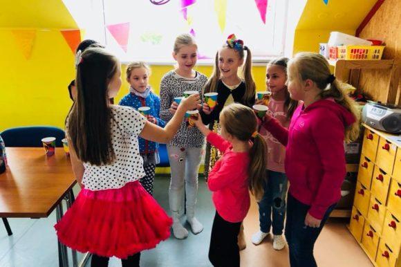 Báječná Amálka slavila své 10 narozeniny